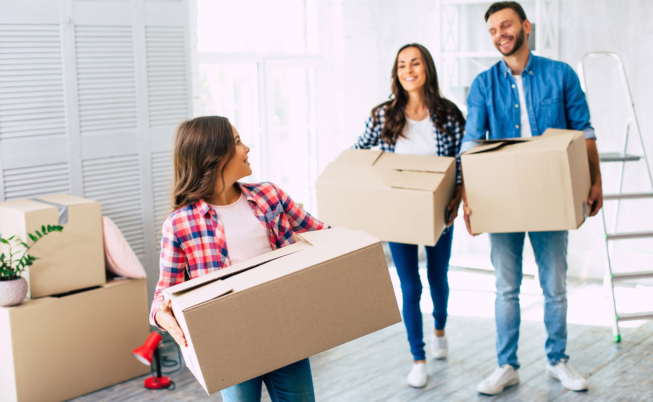 Family moving to rent.